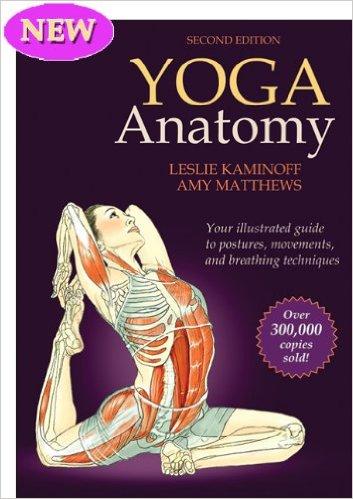 51DdsNtGRRL. SX351 BO1204203200  - 10 Must-Read Books For Yogis