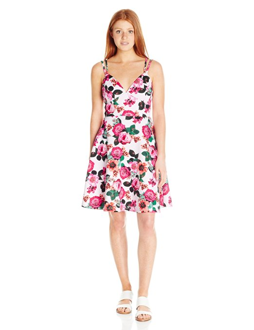 81V3b2tHiL. UX522  - FLORAL DRESSES WE LOVE - Meet The Season's Freshest Styles From Brands Like LARK & RO