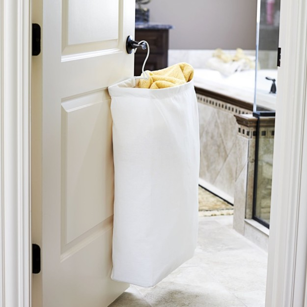 sub buzz 2793 1468952447 1 - 8 INEXPENSIVE Things You Need For Your BATHROOM